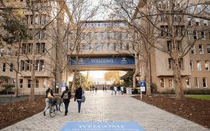 墨尔本大学校园